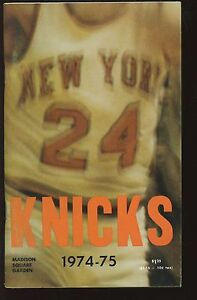 1974-75 NBA Basketball New York Knickerbockers Yearbook EXMT+