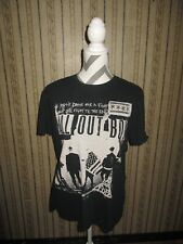EUC men's black FALL OUT BOY / FIGHT TILL THE END t-shirt / size MED