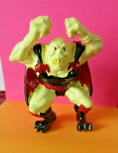Monster in my Pocket Wrestlers W23 Bloodsucker the Vampire 1995 Mini Figure