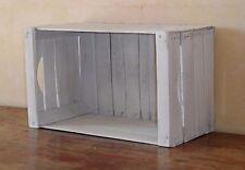 Cassetta frutta in legno bianco decapato,librerie,fioriere,comodini,tavoli