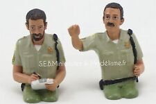SET DE 2 FIGURINES DUO POLICIERS USA ASSIS  - 1/24 FE17DC