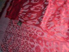 Pañuelo fular leopardo lince tigre tono vino morado muy poco visto Otoño ver