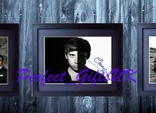 EXAMPLE SIGNED FRAMED & MOUNTED 10x8 REPRO PHOTO PRINT