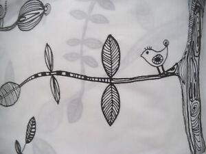 Schlaufengardinen -lang - schwarz -weiß - 4 Stück -wie neu