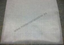 Tela Soluble Canvas marca DMC. Para bordados, soluble en agua.