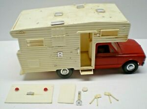 VTG MPC 1969 CHEVY OPEN ROAD PICKUP CAMPER MODEL  1/25 scale for restoration