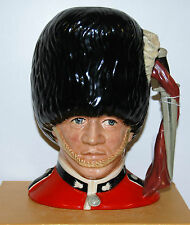 Grand royal doulton character pichet guardsman D6755 *** parfait ***
