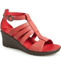 KEEN  $110 RIBBON RED LEATHER VICTORIA  SANDALS    7