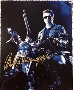 "Arnold Schwarzenegger Hand Signed Autographed 8""x 10"" T2 Terminator Photograph"