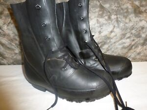 MICKEY MOUSE BOOTS US -20° No Valve Cold Weather 8 Regular HOOD #07