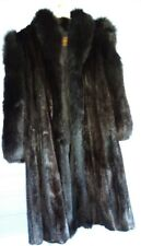 Manteau VISON  Vintage Noir de chez Yves Saint Laurent en taille 46