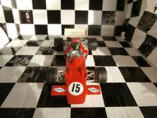 Voitures Formule 1 miniatures rouge pour Lotus