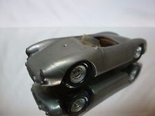 CLASSIC CAR SERIES KIT (built)  1953 PORSCHE 550 1500 RS SPYDER - 1:43 - NICE
