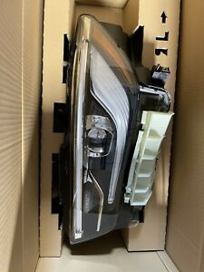 Brand New OEM infiniti QX80 headlamp set