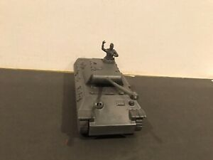 Original  CTS WW2 German tank Green 1:32