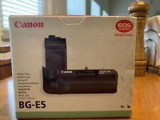 Canon Battery Grip BG-E5, with canon battery tray only for Rebel XS and XSi