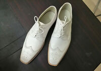 Handmade Men's White Leather Wing Tip Heart Medallion Dress/Formal Oxford Shoes
