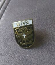 Vintage Wien Austria Goldtone Enamel Hat Ski Pin