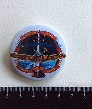 SOYUZ TMA-13M Wiseman,Suraev,Gerst. Space Russia Pin Badge Russie Cosmos. Metal.