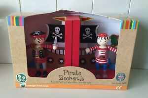 Kids Pirates book ends, new