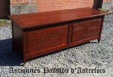 M201731 - Grand ( 170 cm) coffre Africain origine Congo en Padouk ( bois rouge )