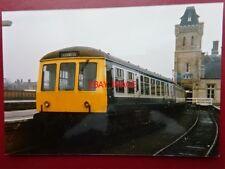 PHOTO  2 CAR DMU 53021/5407 AT LINCOLN CENTRAL RAILWAY STATION 1986