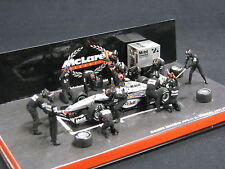 Minichamps McLaren Mercedes Mercedes MP4/14 1999 1:43 #1 Mika Hakkinen Pit Stop