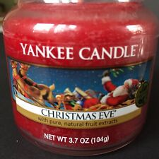 Yankee Candle Christmas Eve Red 3.7 oz 104g Candle Jar Lid NEW Natural Fruit