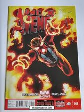 Uncanny Avengers #8 (2012 Series) High Garde Modern Collectible Comic MARVEL!