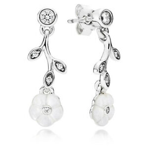 NWT PANDORA EARRINGS LUMINOUS FLORALS DANGLE EARRINGS #290699MOP BOX RETIRED