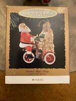 "Hallmark Ornament ""1994 Santa's Sing-Along"" Light & Music Magic"