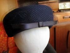 True Vtg 50s Navy Blue Henry Pollak Peachfelt Felt Pillbox Hat 21 - 21.5