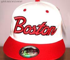 Esclusivo Boston CAPPELLINO Bianco Piatto Picco Aderente Bling Cappello, orlo taglia unica