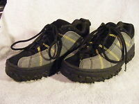 Men's Simple Frank 2858 Black and Gray Suede Hiking Shoes Size 6 NICE!