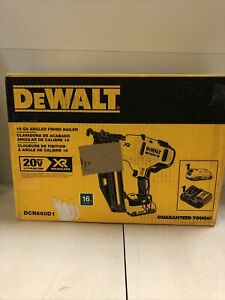 Dewalt 20-Volt Max 16-Gauge Cordless Angled Finish Nailer Kit