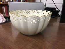 """Lenox Linen & Lace Collection 8-1/2"""" Center Bowl Gold Trim MINT"""