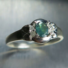 Natural Russian colour change Alexandrite & diamonds 9ct 375 white gold ring