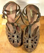 SKECHERS Wms Brown Leather Close Toe T-Strap Sandals Size 10/ S47