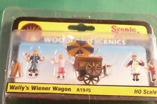 Woodland Scenics, Scenic Accents: Wally's Wiener Wagon - Ho Scale A1945