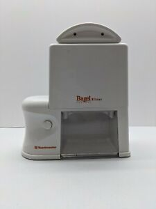 Toastmaster Bagel Perfect Automatic Bagel Slicer Model 6125
