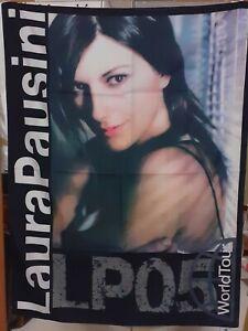 Laura Pausini Bandiera Resta in Ascolto