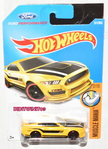 Hot Wheels 2017 Muscle Mania Ford Shelby GT350R # 2/10 Jaune