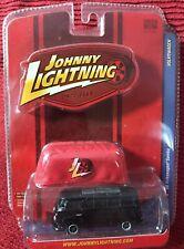 JOHNNY LIGHTNING Lmt Ed - VOLKSWAGEN - '66 Samba ~ w/ Car Cover ~ 1/64 diecast