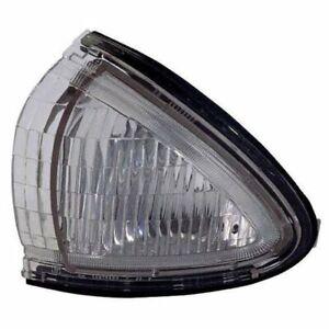 NOS RH Crnr Sgnl Turn Light 16521744 TYC 18-5179-91 GM2541104 for Oldsmobile 88
