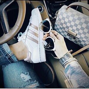 Adidas Originals Superstar women's shoes size 9.5 white/copper metallic EE7399
