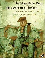 The Man Who Kept His Heart in a Bucket (Picture Pu