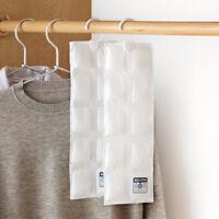 Home Kitchen Wardrobe Hanging Moisture Absorbent Desiccant Moistureproof Bag LJL