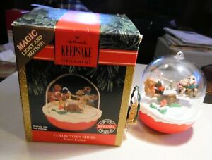 1992 HALLMARK ORNAMENT MAGIC LIGHT AND MOTION, FOREST FROLICTS SEESAW CHRISTMAS