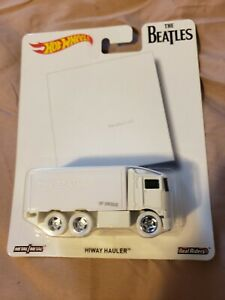 Hot Wheels Pop Culture The Beatles Hiway Hauler The White Album FREE SHIPPING