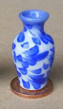 1:12 Scale Blue & White Ceramic Vase Tumdee Dolls House Flower Ornament B15
